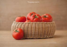tomato by MohannadQassab
