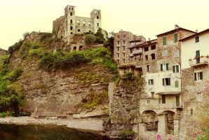 Dolceacqua by walktothewater