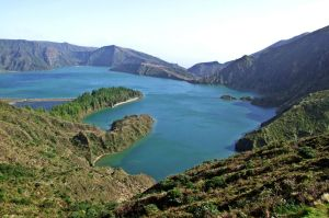 Lagoa do Fogo by T1sup