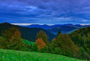 Autumn clouds by lica20