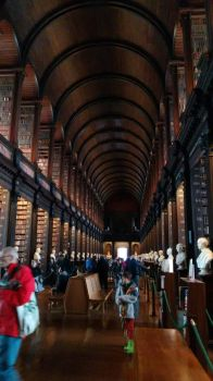 Trinity college's library (Dublin, march 2016) by lucie-boulette