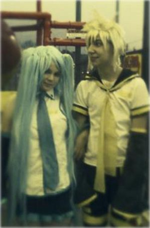 Miku and Len at McDonald's