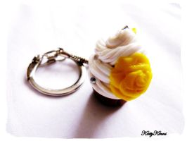 Yellow Rose Vanilla Cupcake by Cateaclysmic