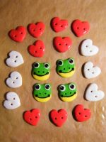 Selfmade Buttons 02 by Mietschie