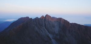 Last light on the Cuillin by younghappy