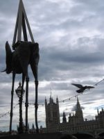 Dali Statues in London by Knot-All-There