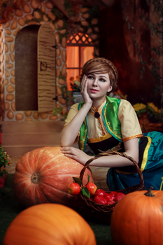 Autumn cozy dream - Frozen Fever Anna cosplay by Verrett