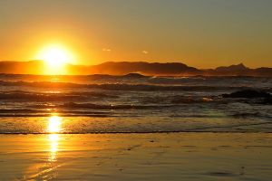 Sunset and Mount Warning by wildplaces