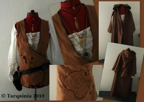 Costumes: Yalvena - Wanderer's Outfit by Tarquinia