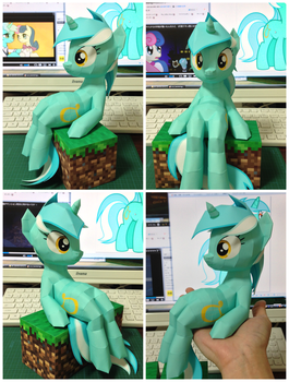 papercraft Lyra Heartstrings by robicraft