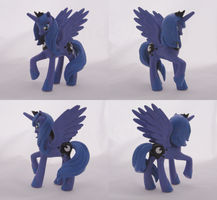 Another Luna by Amandkyo-Su