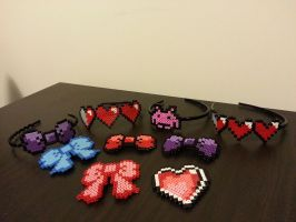 8 bit bows and headbands by Samii-Doll