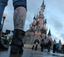 The Castle On The Leg by LeniProduction