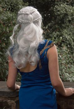 Looking out to Sea: Daenerys Cosplay GoT by audrey-vista