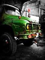 Selective color experiment by Nine80