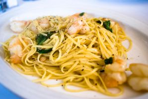 White Wine Linguine w. Shrimp by Jeongotti