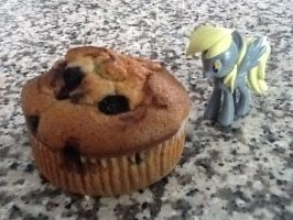The Worlds BIGGEST Muffin by ArtKing3000