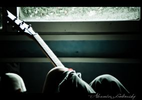 Guitar and Bed - II by 10thapril