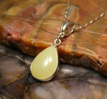 Yellow Chalcedony pear cabochon Pendant by Utinni