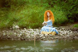 Merida, her favourite bow by shua-cosplay