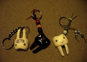 Teeth keychains by ElaRaczyk