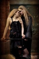 Vampire love by DivaGrotesque