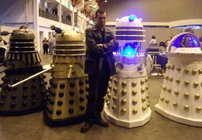 9th Doctor And Daleks by lunamaxwell