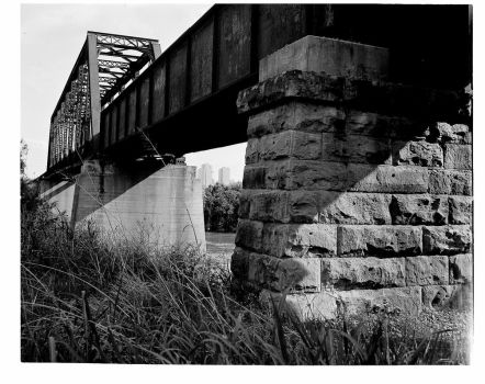 The Trestle. by Che-Gue-Petey