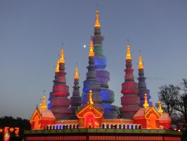 Manfeilong Pagoda by WhirlingBlue