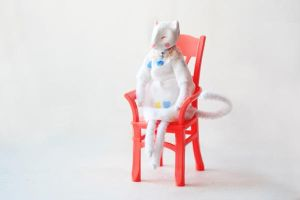 cat in a white room by da-bu-di-bu-da