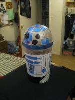 R2 D2 Garbage can by Tahirbrown