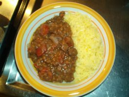 Spanish lentils with Saffron rice. by KuTheBrewer