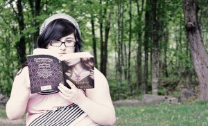 Confessions of a Readaholic by LovesickMelodyxo