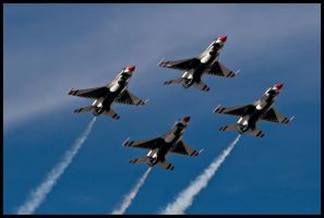 Thunderbirds Nellis by AirshowDave
