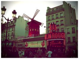 Le Moulin Rouge by Ana-D