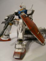 HGUC RX 78 Gundam by Platinum-Disco