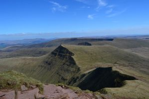 Brecon Beacons by sophhks