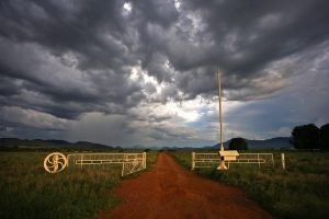 Warrumbungle Gates by Sun-Seeker
