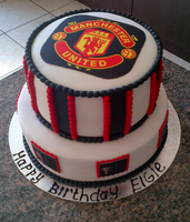Manchester United 2 Tier by Lucrecia1511