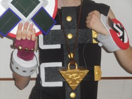 Yugi Muto cosplay  W.I.P. Duelist Island version by YUGIOHPASSIONCOSPLAY