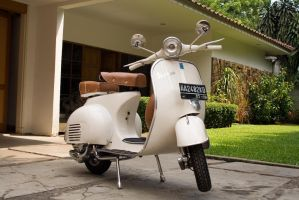 my vespa by alexvidal