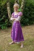 [Cosplay - Disney - Rapunzel] With Pascal by mene