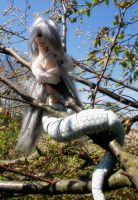 Naga Prince in Tree by Colocat