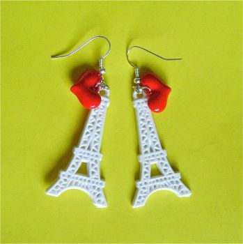 Love Paris earrings by Quirkz