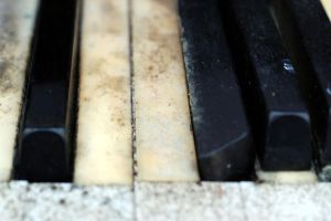 288 - piano close up by lonesome-stock