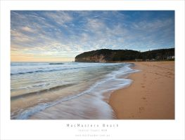 MacMasters Beach by MattLauder