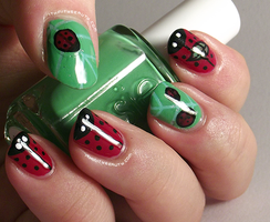 Lady Bug Inspired Nail Art by Ithfifi
