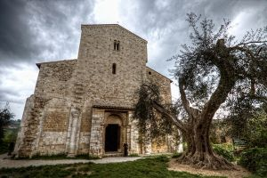 Sant'Antimo by rhipster
