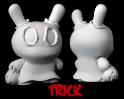 Dunny Monster : DIY Trick by zombiemonkie