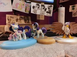 Rarity X 2, Sweetie and Gilda size comparison by aachi-chan